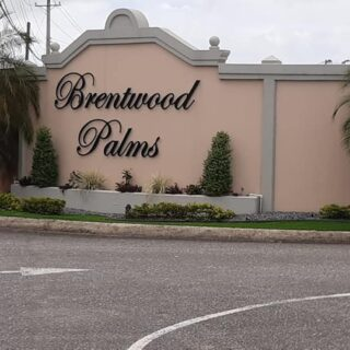 Brentwood Palms Land For Sale – 2.1mil