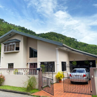 House for Sale in Maracas Valley