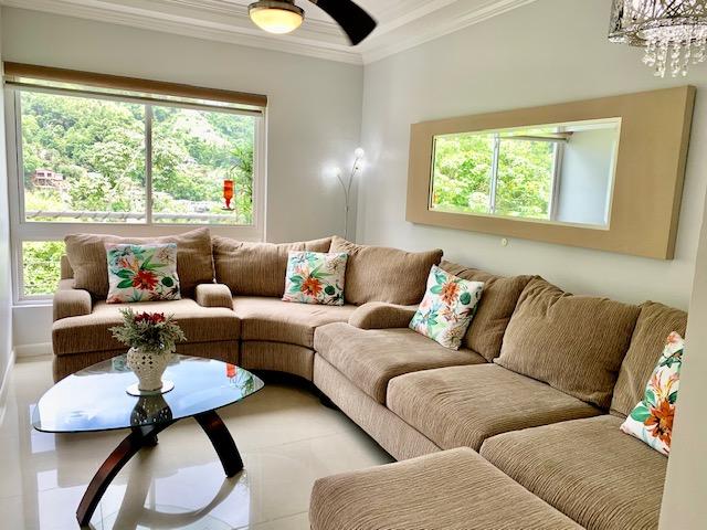 West Hills, Petit Valley Penthouse for Sale