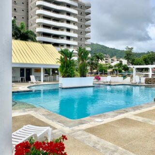 THE TOWERS, ARAWAK FOR RENT