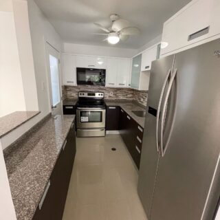 West Hill 3 Bed Apartment