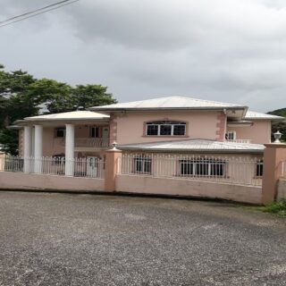 FOR RENT – 2 STOREY UNFURNISHED EXEC. HOUSE – MARACAS GARDENS $9000