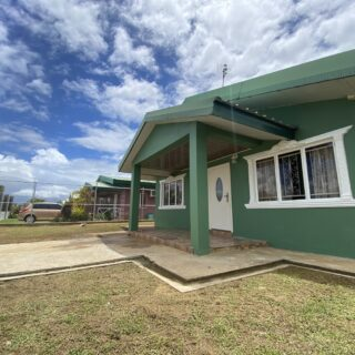 For Sale  House  1.2 M -Chaguanas  3 Bed  1 bath