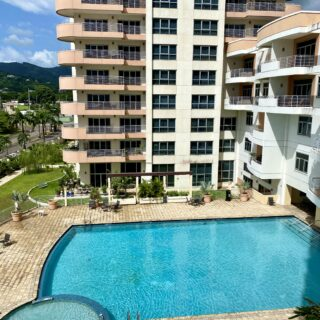 3 BEDROOM, 2 AND 1/2 BATHROOM APARTMENT FOR RENT-ONE WOODBROOK PLACE -WOODBROOK