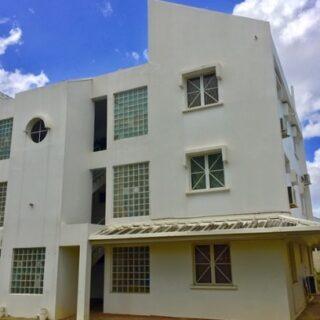 3 Bedroom Apartment – Flagstaff, Long Circular