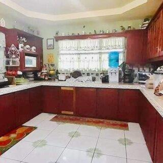 CARAPICHAIMA 3-Bedroom House
