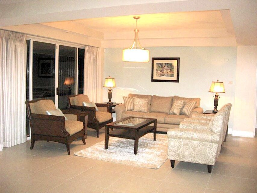 La Riviera Apartment for Rent
