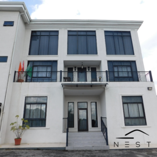 Private Access, 2 Bed, 2 Bath Apartment, Armoury Square