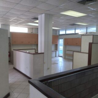 COMMERCIAL/OFFICE SPACE FOR RENT $17,000 per month + Vat