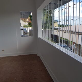 🏘️Conveniently located, upper floor St Joseph apartment now for rent.🏘️