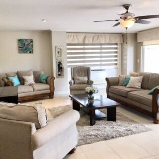 EXECUTIVE UNIQUE 5 BEDROOM BAYSIDE TOWERS APARTMENT FOR RENT!