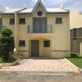 Townhouse For Rent in Trincity