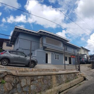 🏘️ST JOSEPH. Well situated, ground floor, 2 bedrooms, 2 baths, UF and ultra modern unit for rent 🏘️
