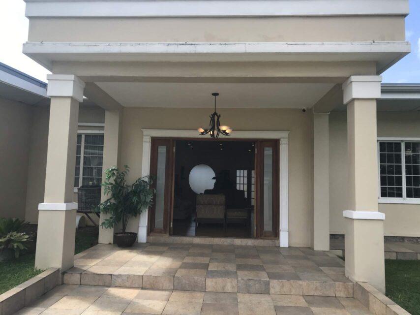 Cedar Ave, Bayshore, House for Rent : USD4000