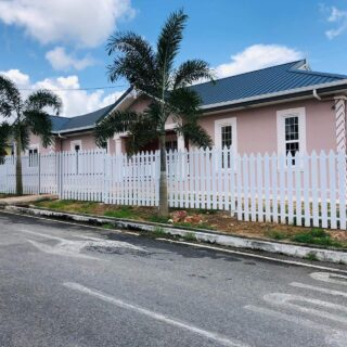 For sale- The Palms, Longdenville